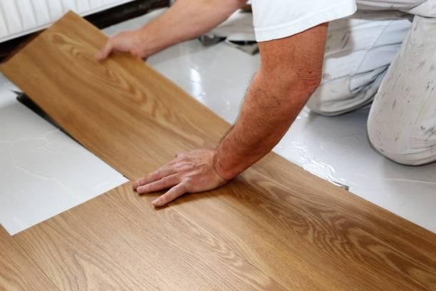 piso de loseta vinílica tipo madera