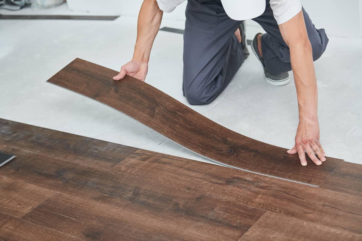 tipos de pisos vinílicos tipo madera