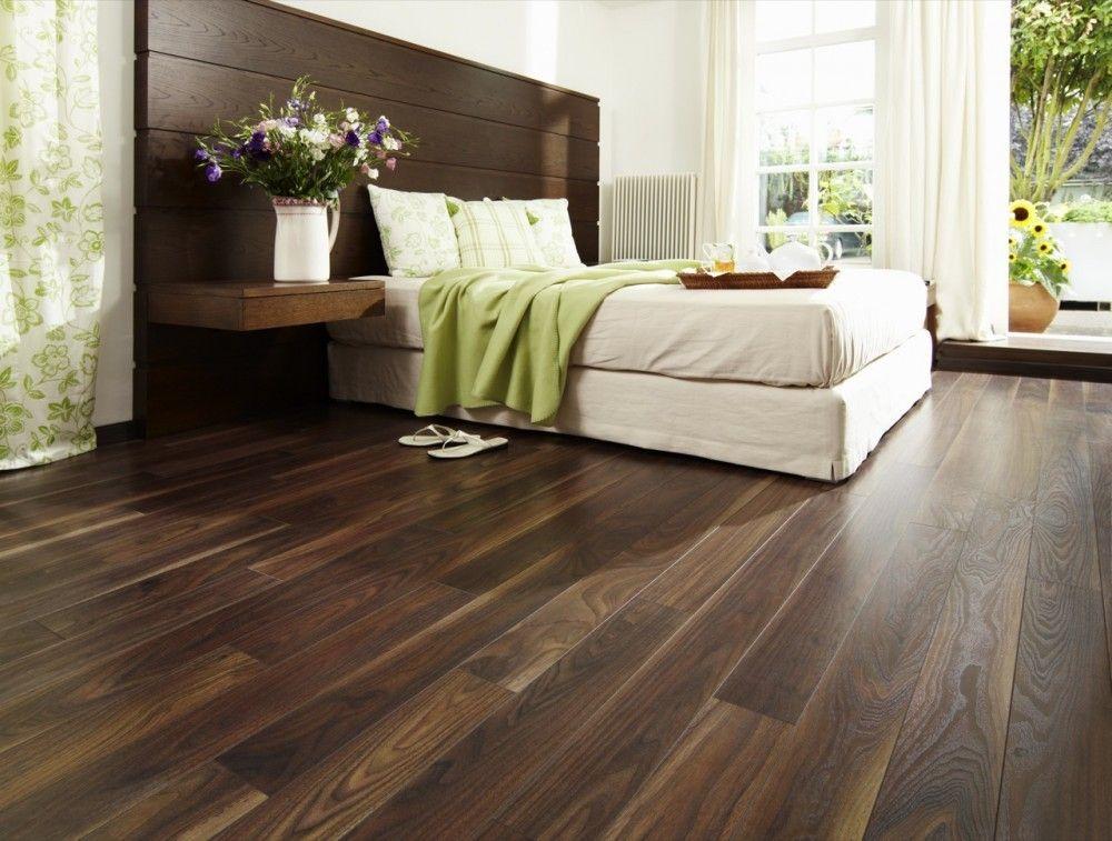 piso de madera nogal