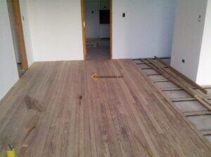 piso de madera instalado